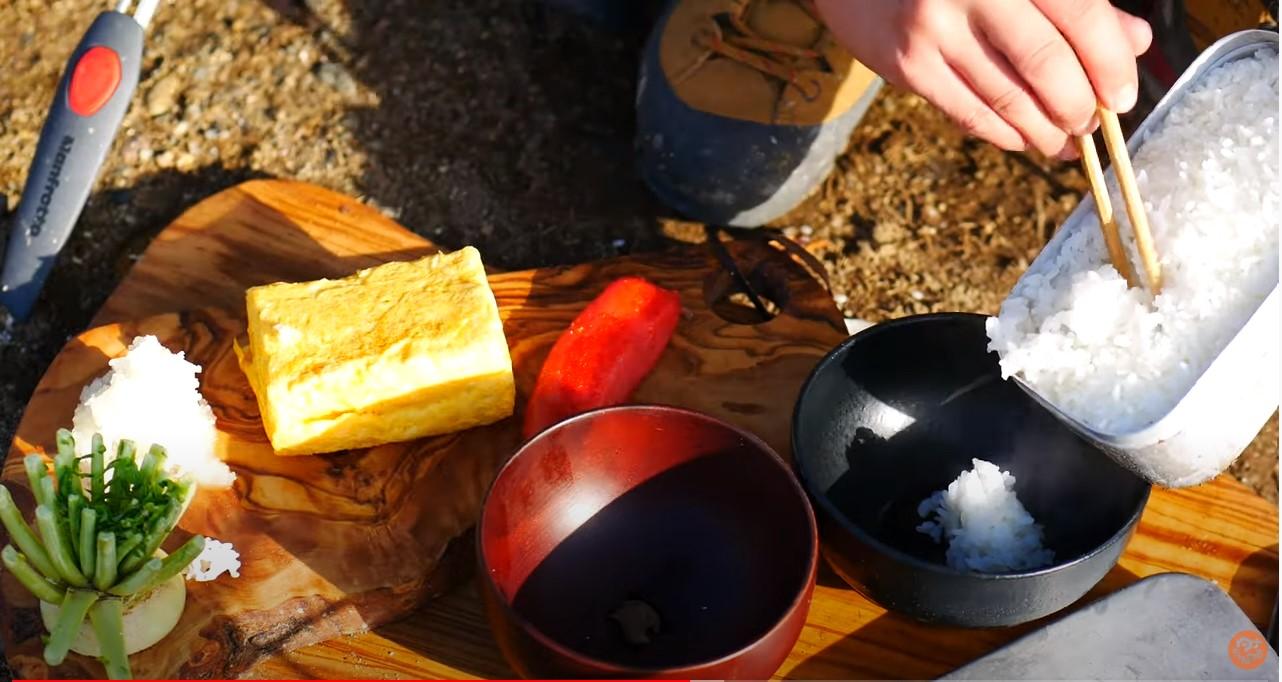メスティンでご飯を炊いた写真