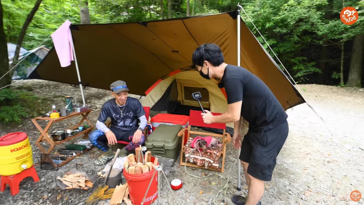 週末キャンプ 犬と一緒 ソロキャンプ